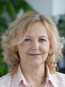 JUDr. Zuzana Stavrovská